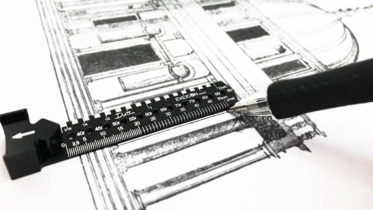 Ddiin Exlicon metallic drawing tool includes a complete set in one compact product