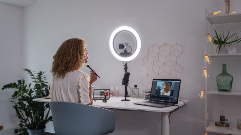 Elgato Ring Light Illuminating Lamp