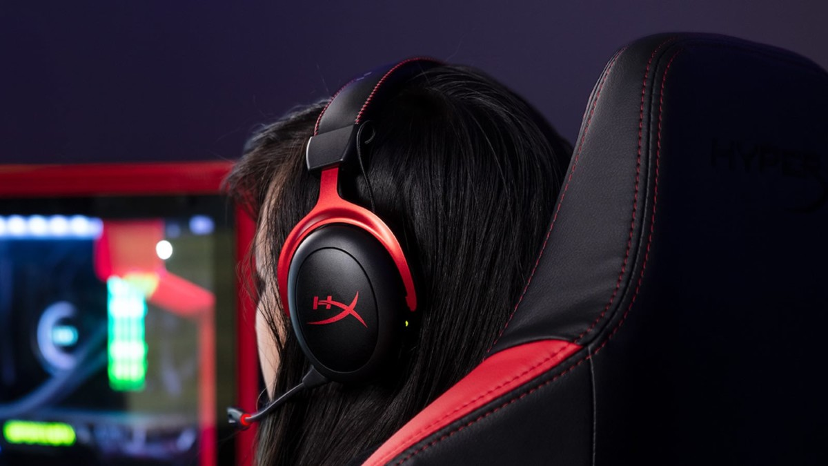 HyperX Cloud II gaming headset offers an exceptionally comfortable design