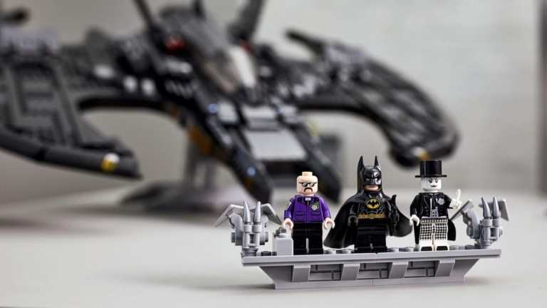 LEGO 1989 Batwing Batman building set brings the iconic 1989 movie to life