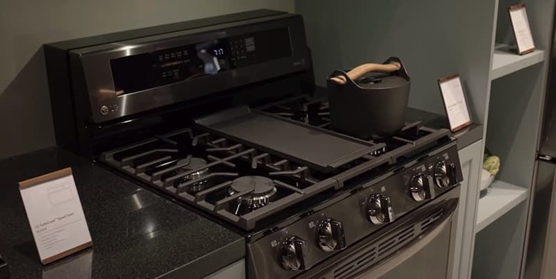 LG InstaView Range Gas and Electric Ovens