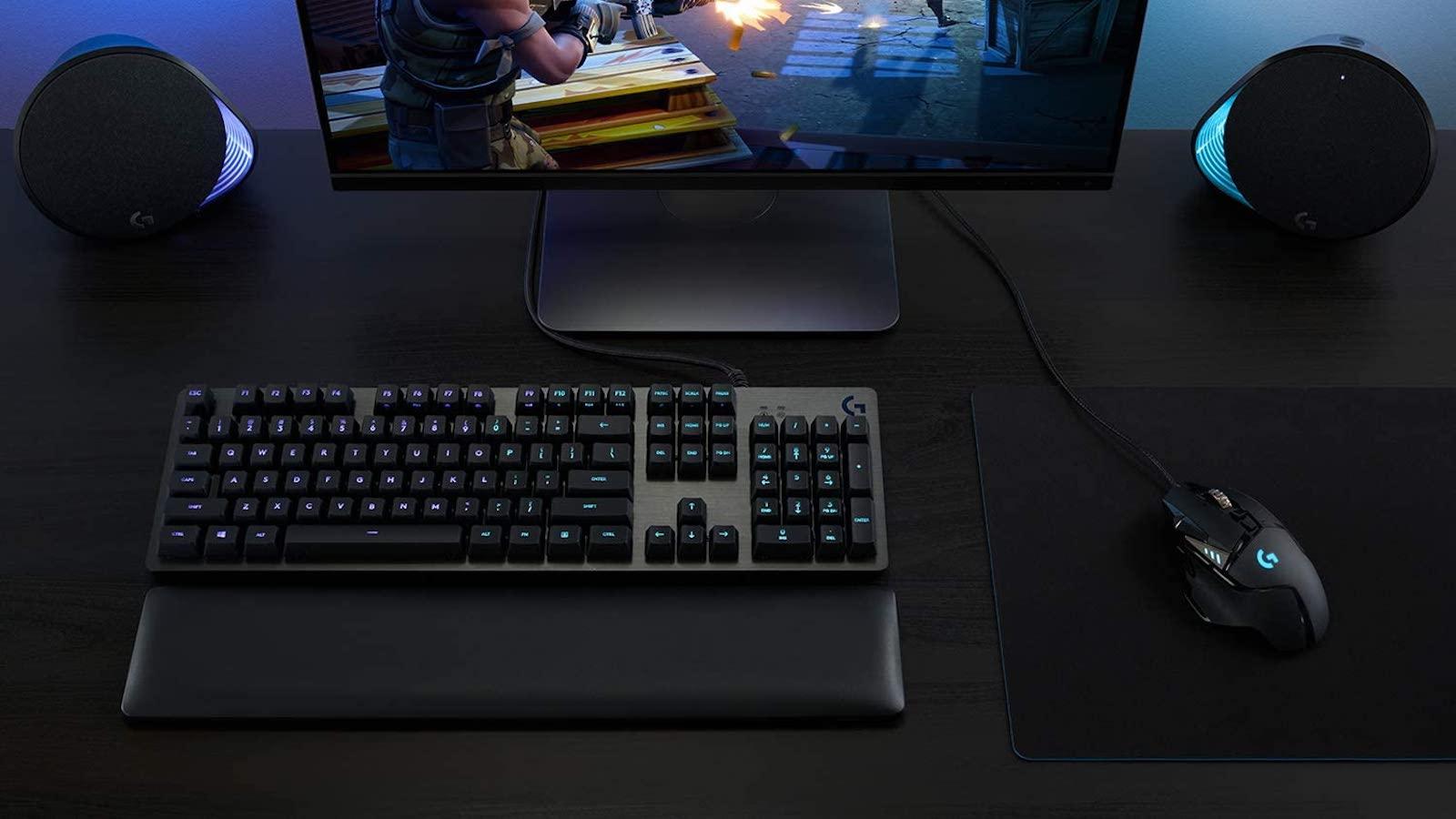 Logitech G502 HERO high-performance gaming mouse has an advanced optical sensor