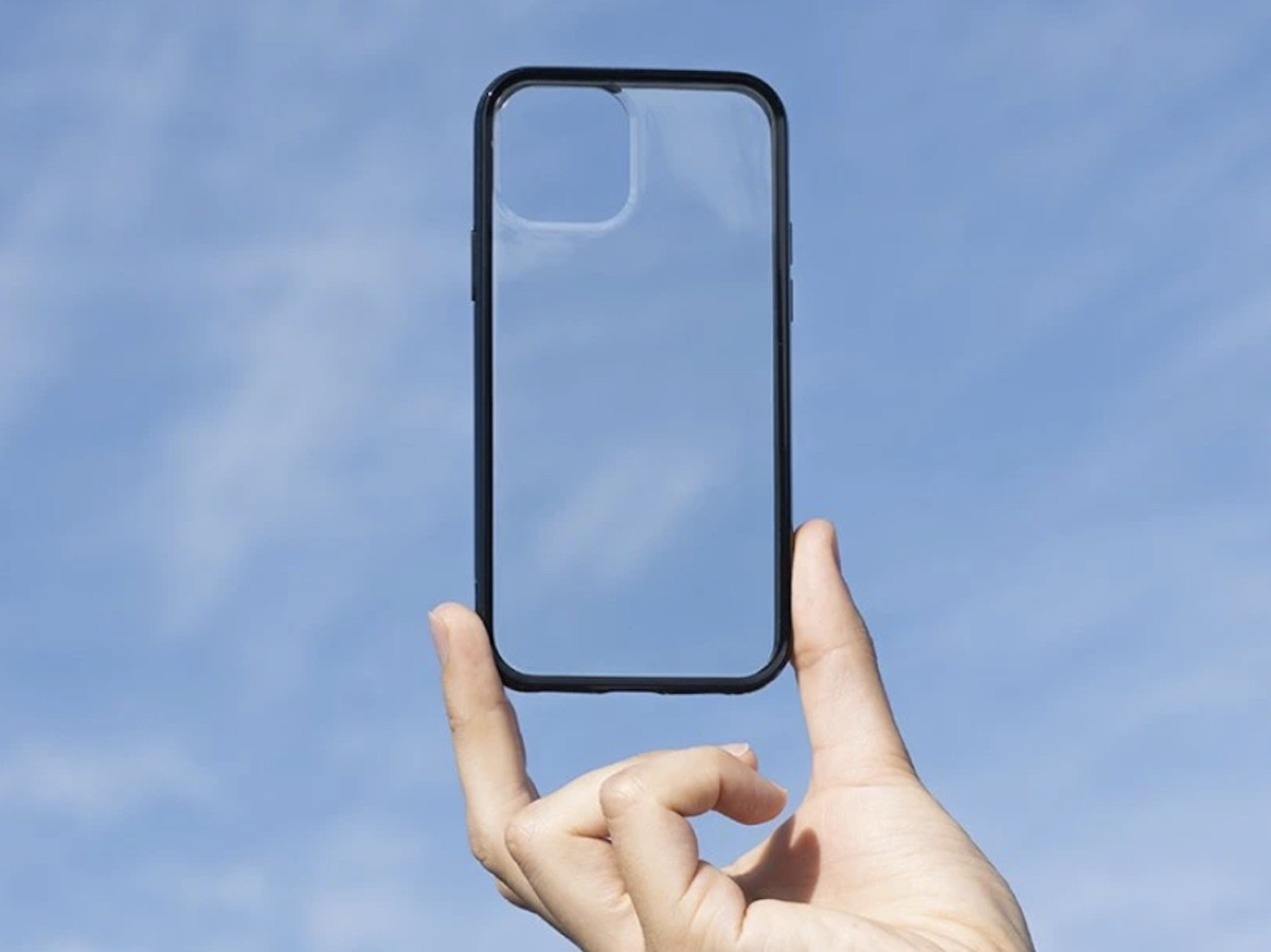 Mous Clarity iPhone 12 6.1 case features AiroShock technology