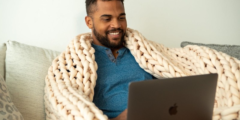 Nuzzie Knit weighted blanket