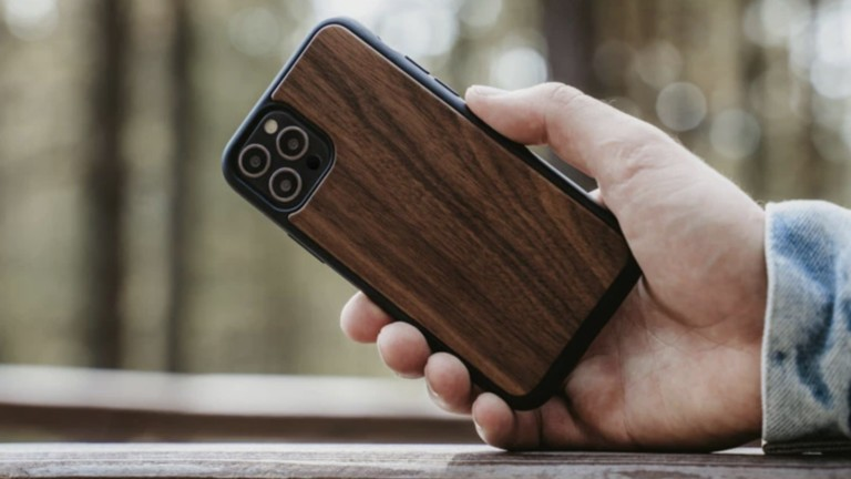 Oakywood Wooden iPhone 12 Bumper Case offers excellent shock protection