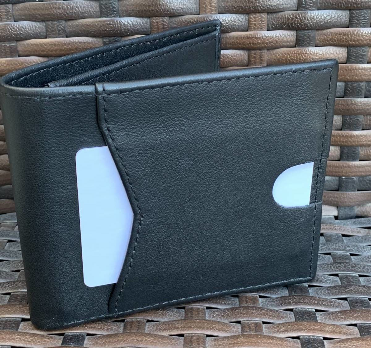 Walldram versatile wallet lets you create your own to carry exactly what you need