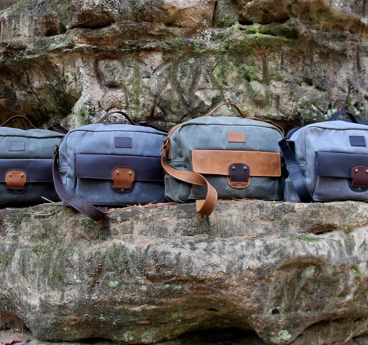 William Ross Weatherproof Travel Bag has a unisex, airplane-friendly design
