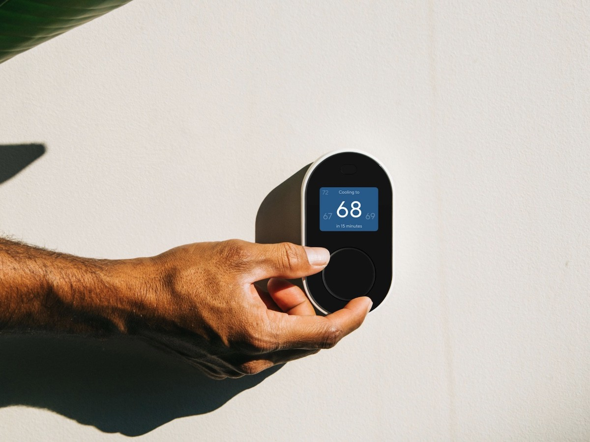 Wyze Thermostat smart heating & cooling system works with voice assistants
