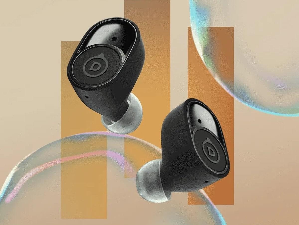 Devialet Gemini wireless earbuds feature pressure balance architecture