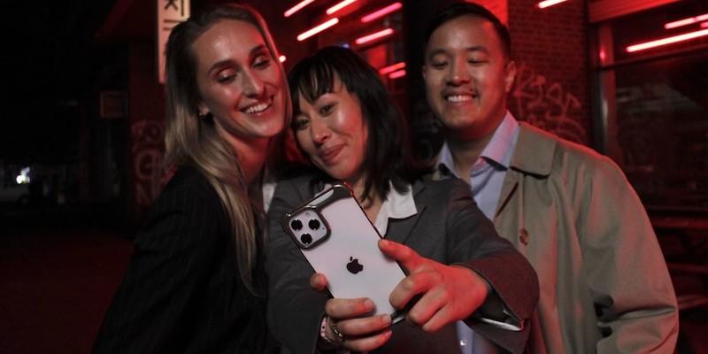 Arc Pulse reinvented iPhone 12 case 01