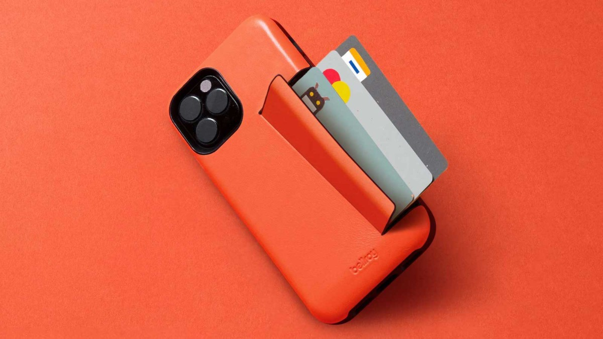 Bellroy iPhone 12 Phone Case has an integrated section for up to 3 cards