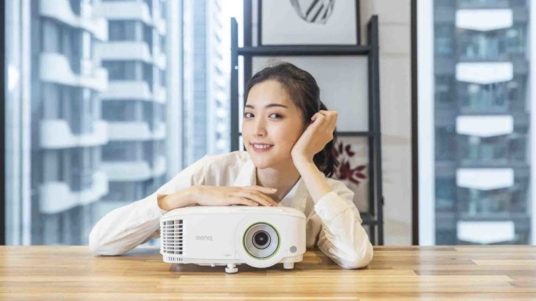 BenQ EH600 Wireless Smart Projector