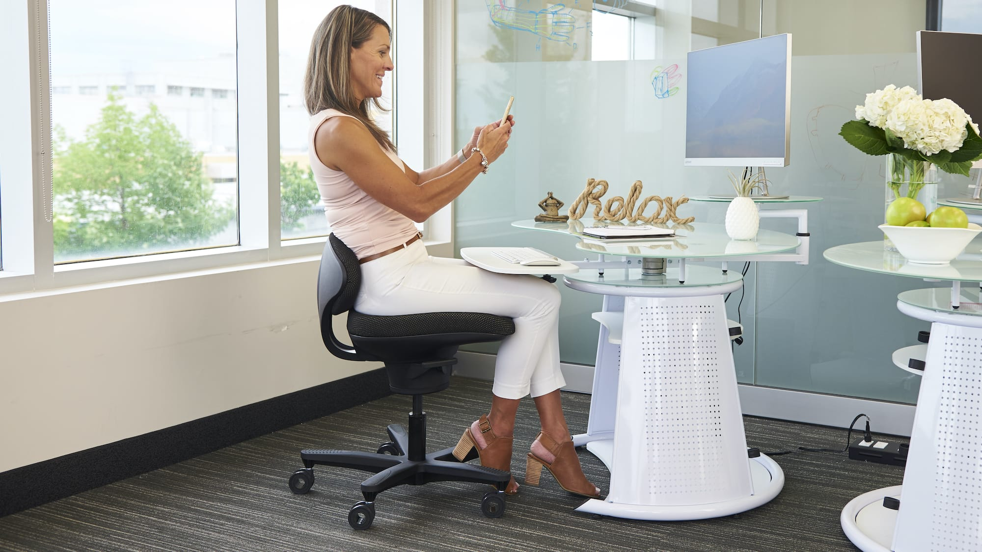 CoreChair active sitting desk chair promotes optimal sitting posture & encourages movement