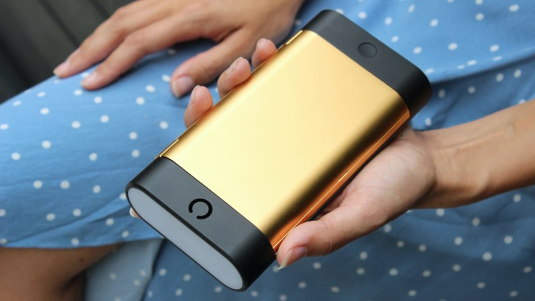 EZ Power 27,000 mAh power bank is an all-in-one charging solution that changes color