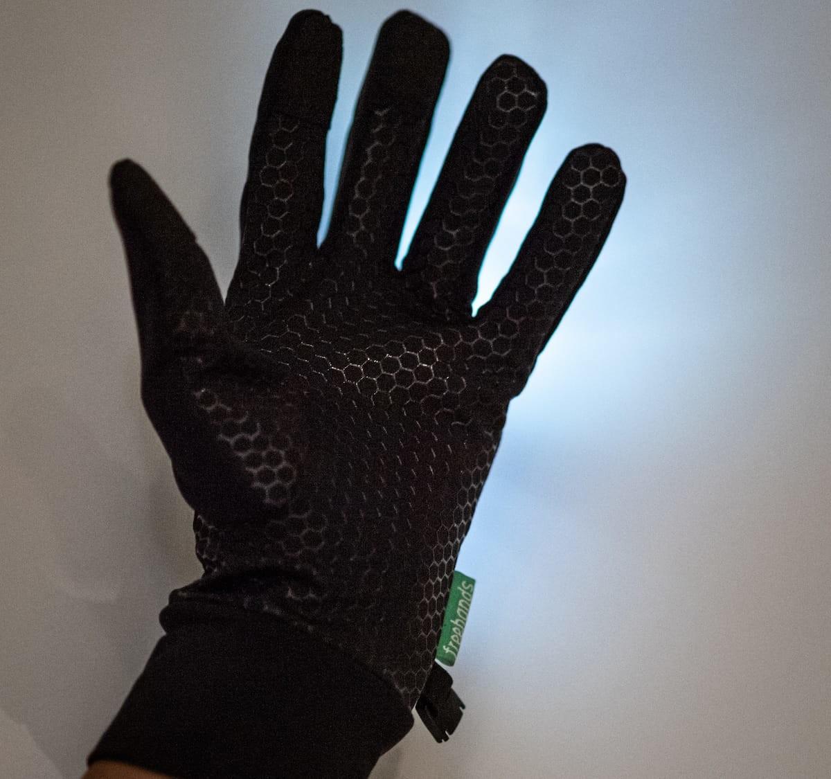 Freehands Light-Up Running Gloves provide 3-finger touchscreen capabilities