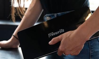Freewrite Traveler Writing Device