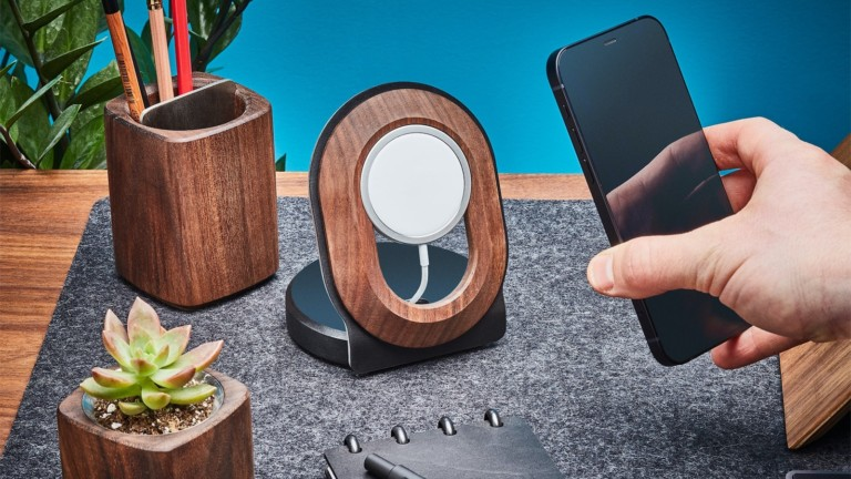 "<em class=""algolia-search-highlight"">Grovemade</em> Wood MagSafe iPhone 12 Stand displays your device and offers wireless charging"