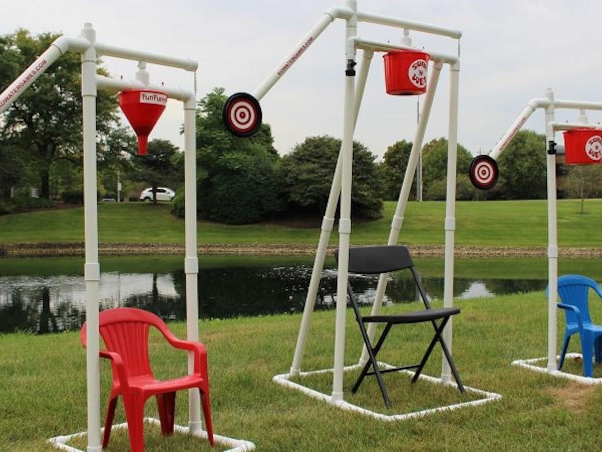 KO Water Games Soak 'N' Wet alternative dunk tank is a super fun outdoor water game