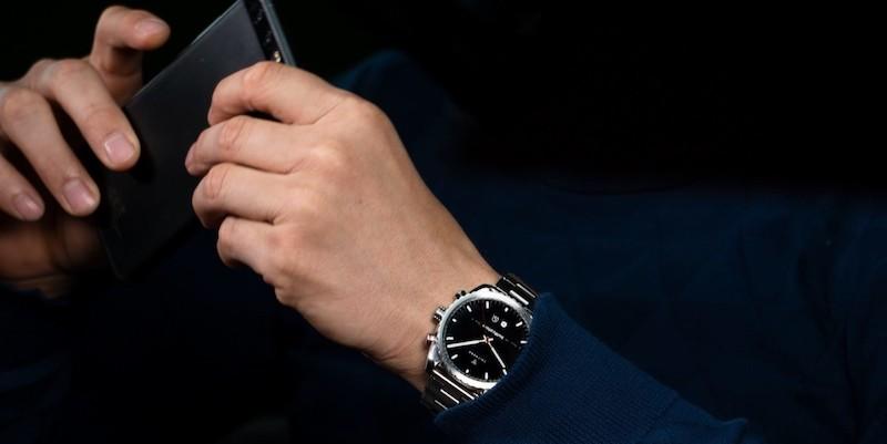 Leitners Ad Maiora futuristic hybrid smartwatch