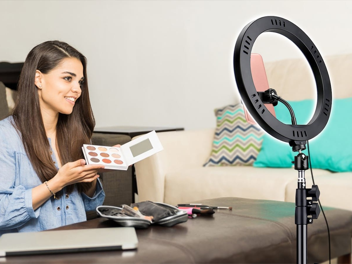 MOSFiATA 10.2″ Selfie Ring Light offers three different light colors