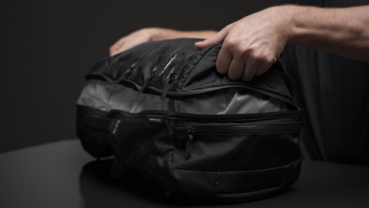 Matador SEG30 segmented backpack offers efficient organization and a 30-liter capacity