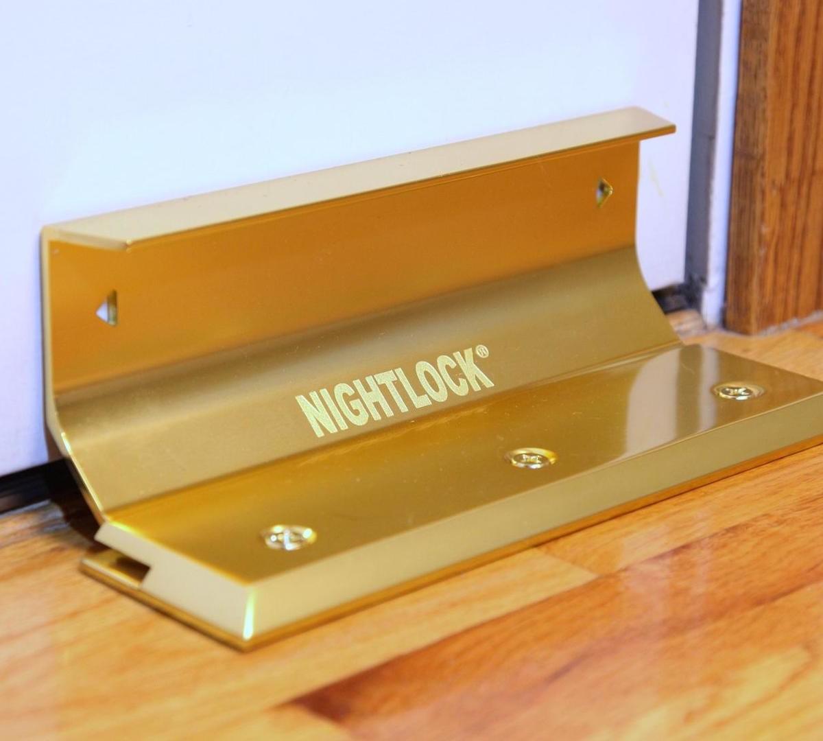 NIGHTLOCK Original door brace can stand up to serious force