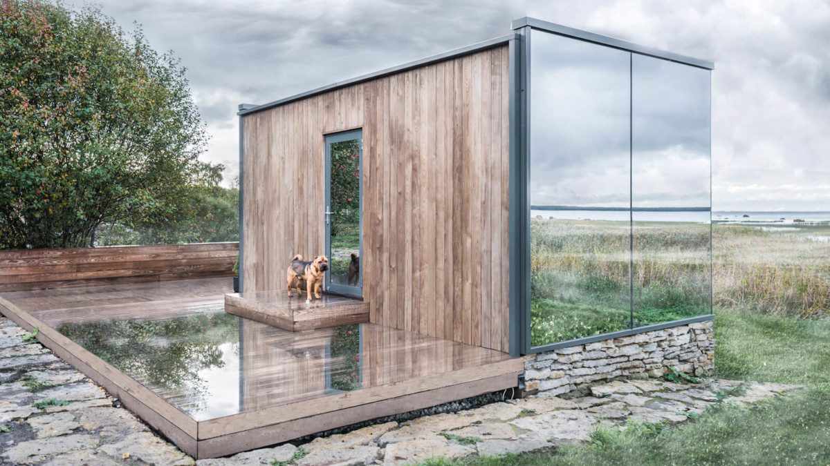 ÖÖD mirrored house creates an extra room in an outdoor space to sleep or work