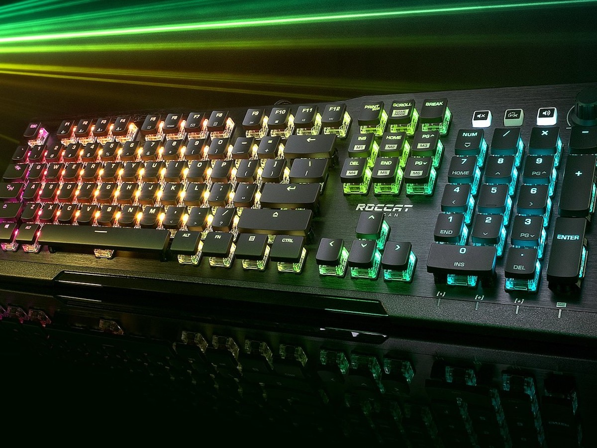 ROCCAT Vulcan Pro optical RGB gaming keyboard is equipped with a mechanical keystroke