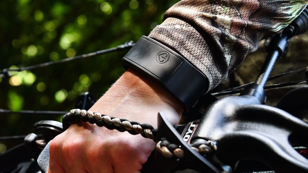 SOS Band global personal alert wearable shares your location in emergencies