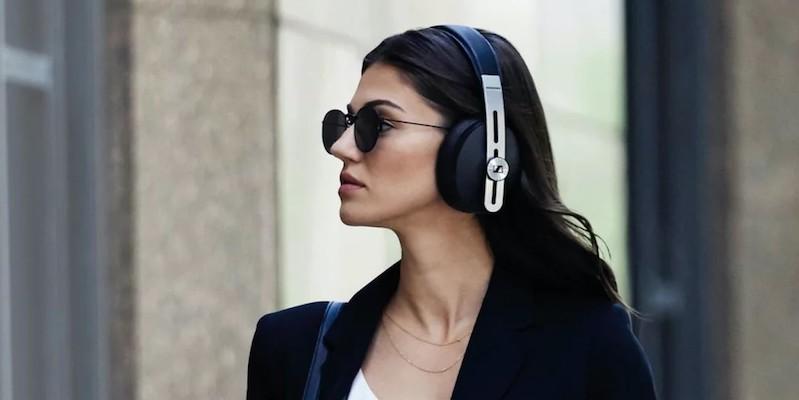 Sennheiser MOMENTUM Wireless Modern Headphones