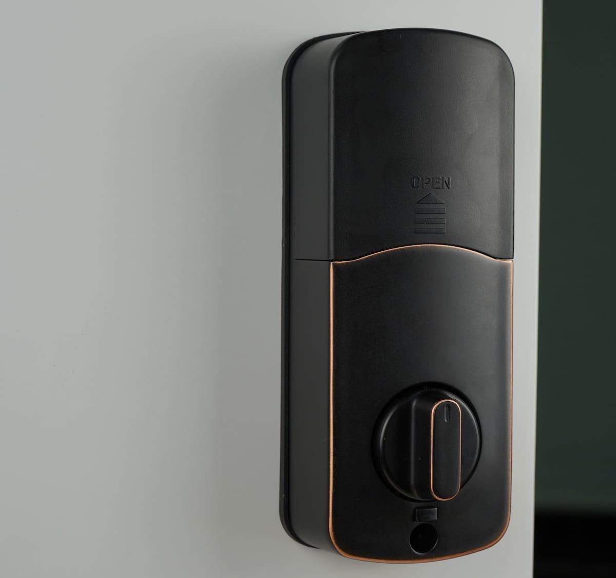 Smonet Keyless Smart Door Lock stores up to 500 different passcodes