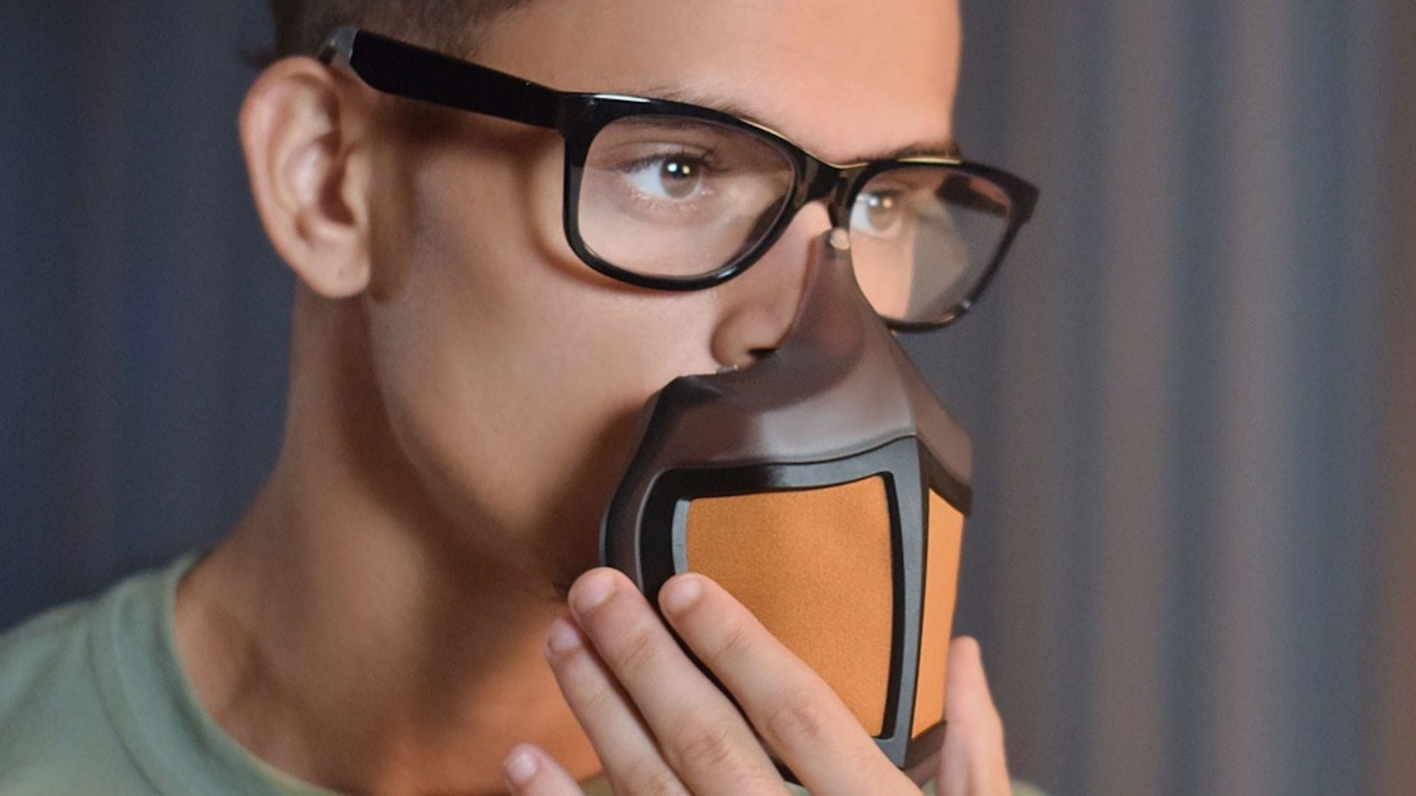 This innovative mask is easy to wear with your glasses