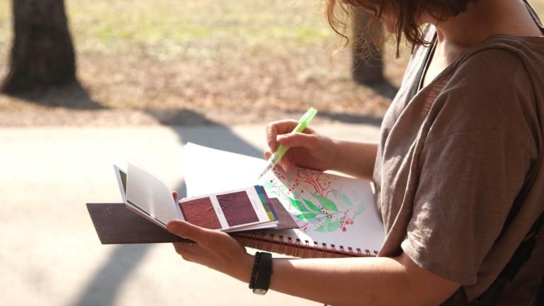 Viviva Colorsheets Single Set portable watercolor kit includes 16 premium, vibrant colors