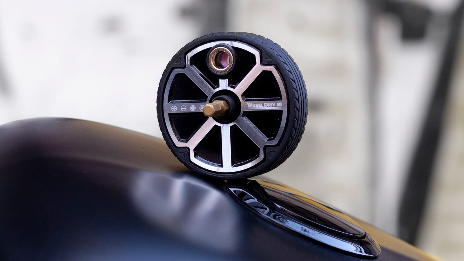 Wheel Driver luxury EDC palm ratchet reinvents the wheel to be even more useful