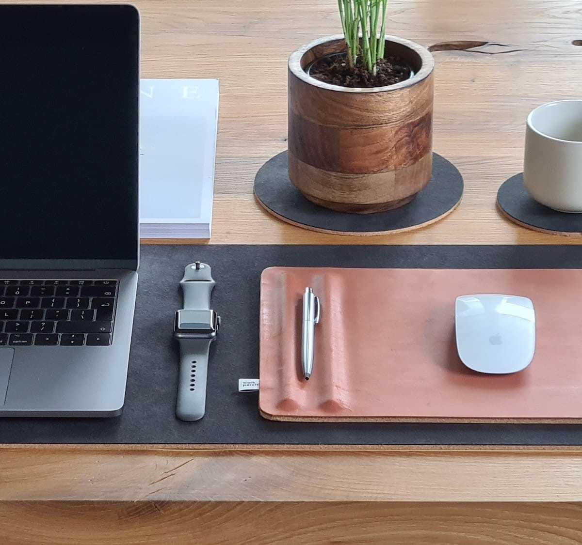 Workperch Leather Mousepad with Pen Holder is a luxurious addition to your desk