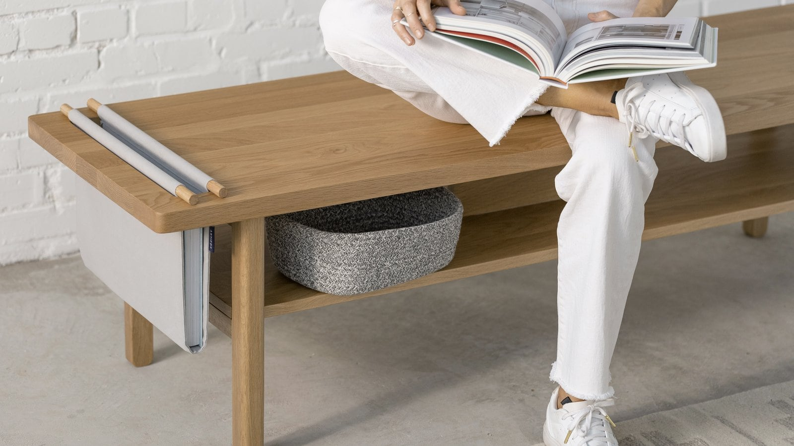 ARTIFOX Solid Hardwood Bench provides a variety of storage solutions