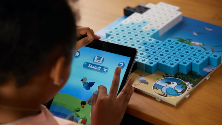 AniBlock Puzzle Master: The Octonauts multisolution puzzle merges the physical & digital