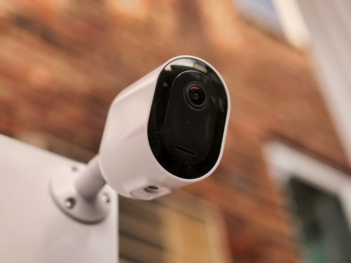 Arlo Pro 4 spotlight security camera has a built-in smart siren to deter thieves