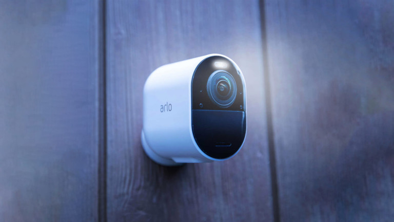 Arlo Ultra 2 Spotlight Security Camera has auto-zoom & tracking that adjusts to movements