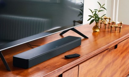 Bose Smart Soundbar 300 Sleek Speaker