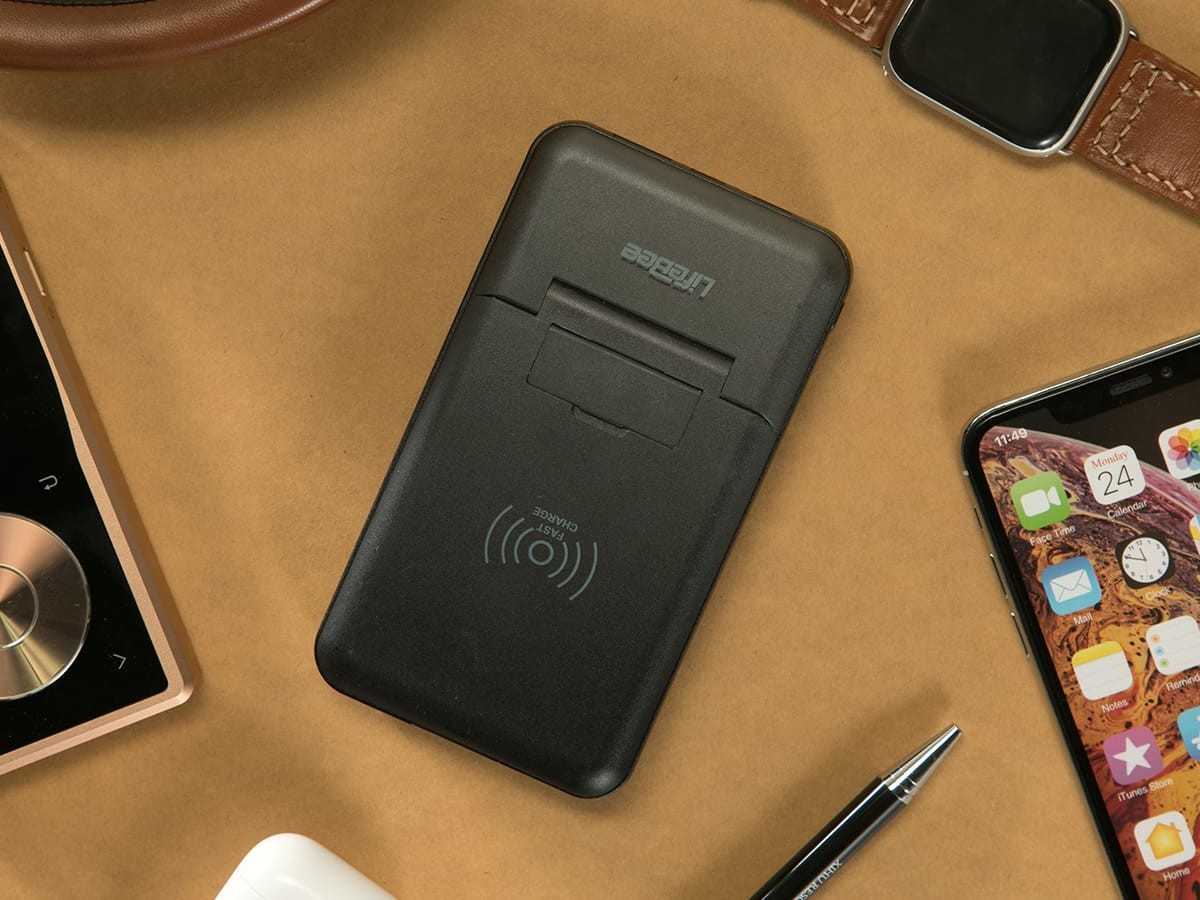 CablePower convenient power bank integrates six different charging methods