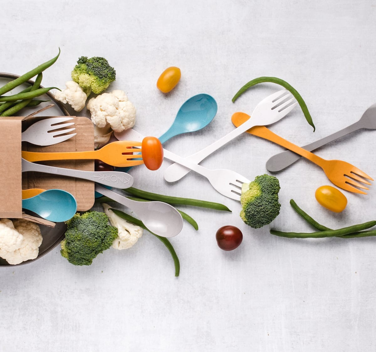 ECO kitchen cutlery sets are made from sugarcane and bamboo to limit single-use plastics
