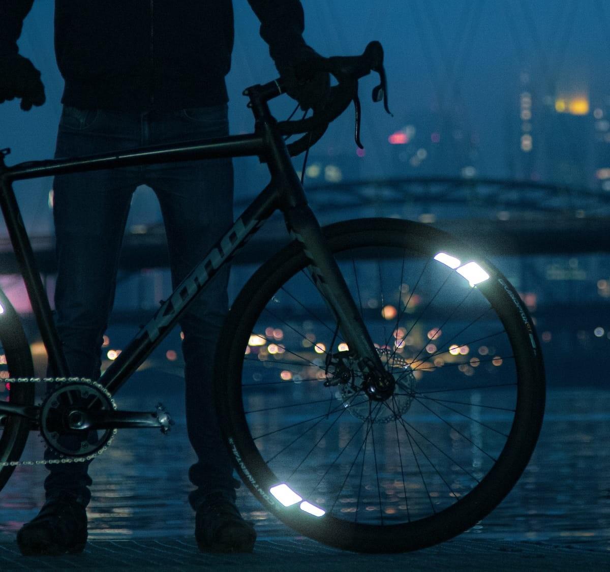FLECTR 360 bike wheel reflector provides incredible 360º visibility