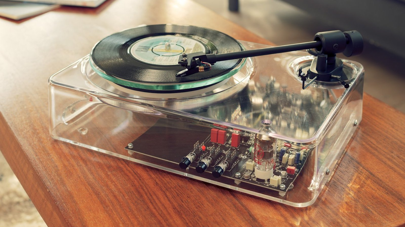 Gearbox Automatic Plug-and-Play Turntable MkII