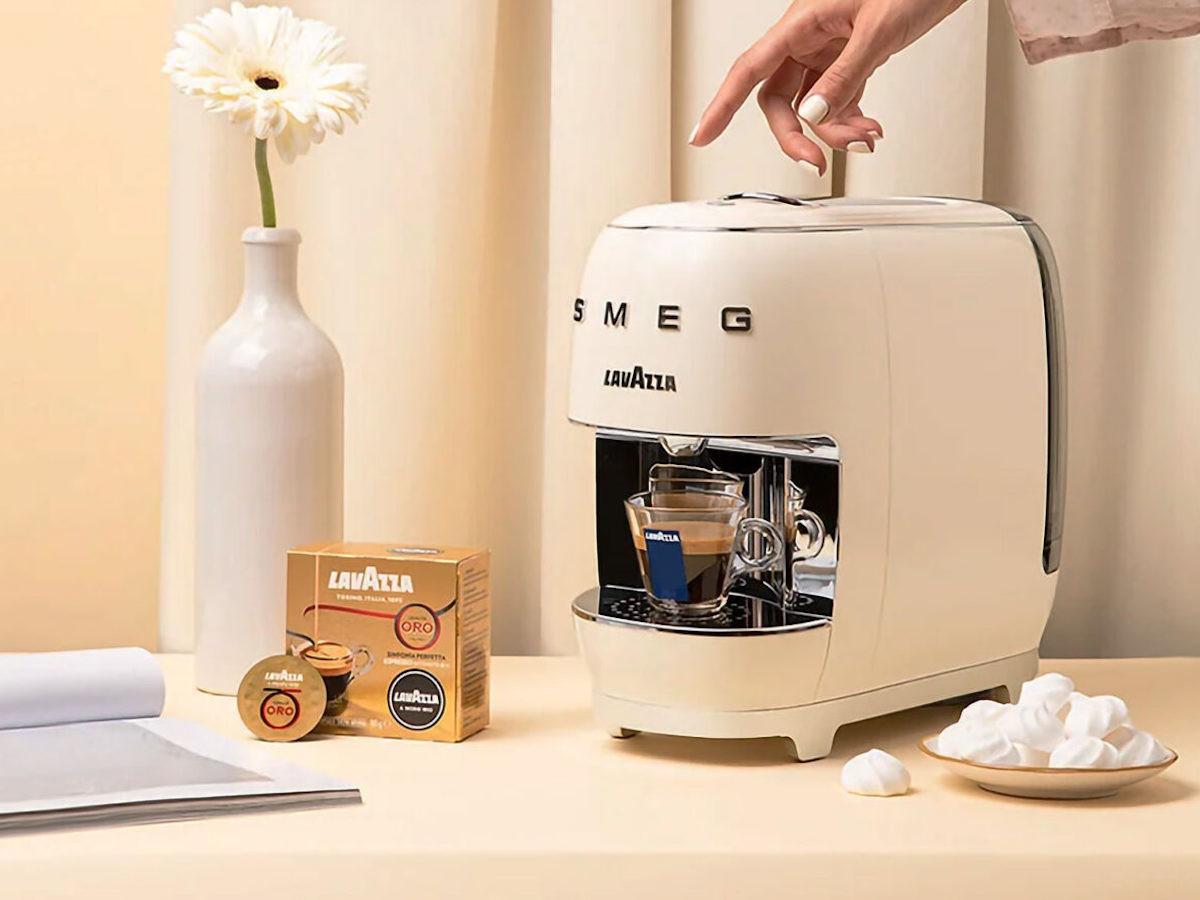 Lavazza A Modo Mio SMEG elegant coffee machine creates authentic Italian espresso