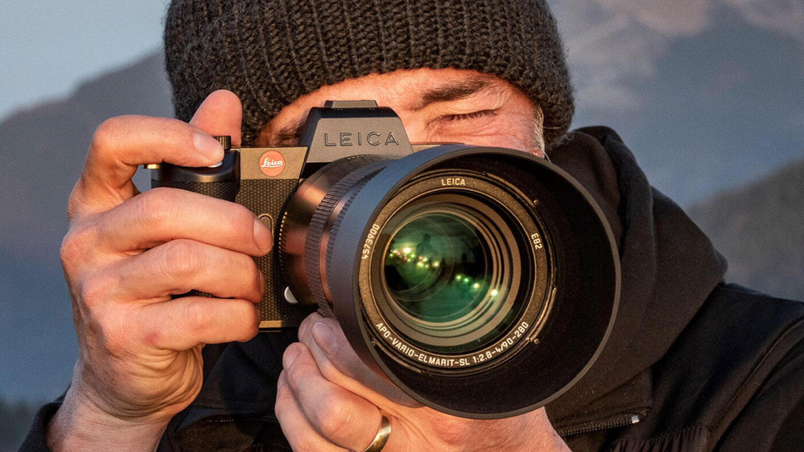 Leica SL2-S photo and video camera
