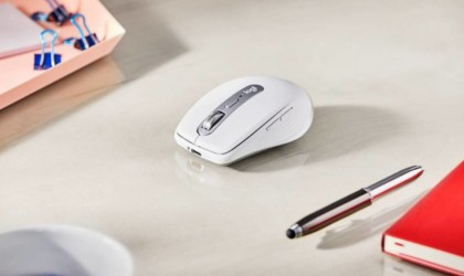 Logitech MX Anywhere 3 compact performance mouse