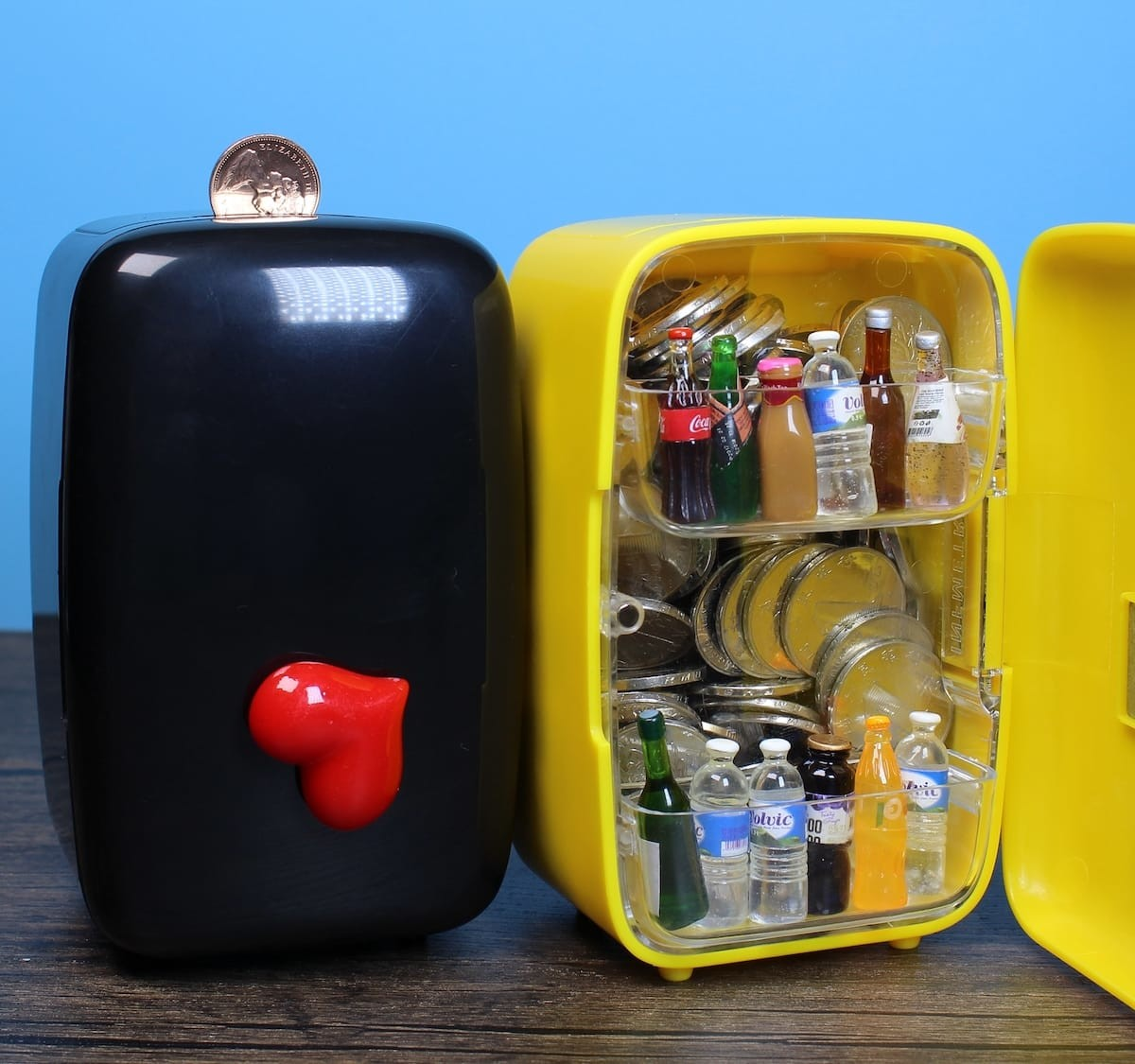 Mini Refrigerator piggy bank holds your pens and other little desk items