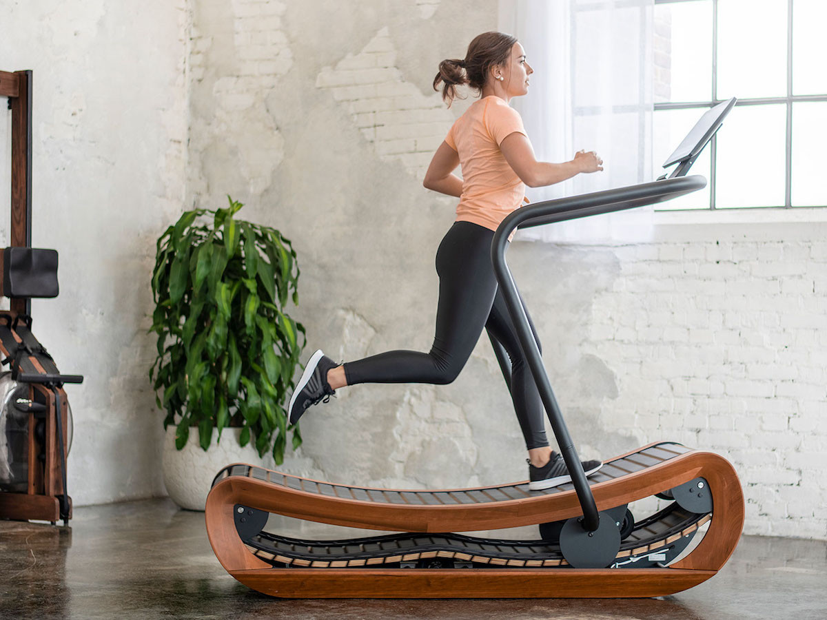 NOHrD Sprintbok curved manual treadmill has no settings or speed limits