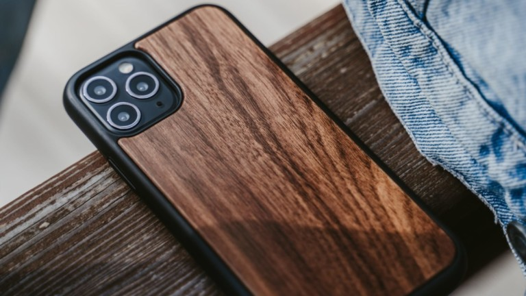 Oakywood Wooden iPhone 12 protective case